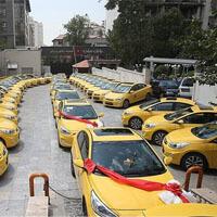 تاکسی مدرن جایگزین فرسوده